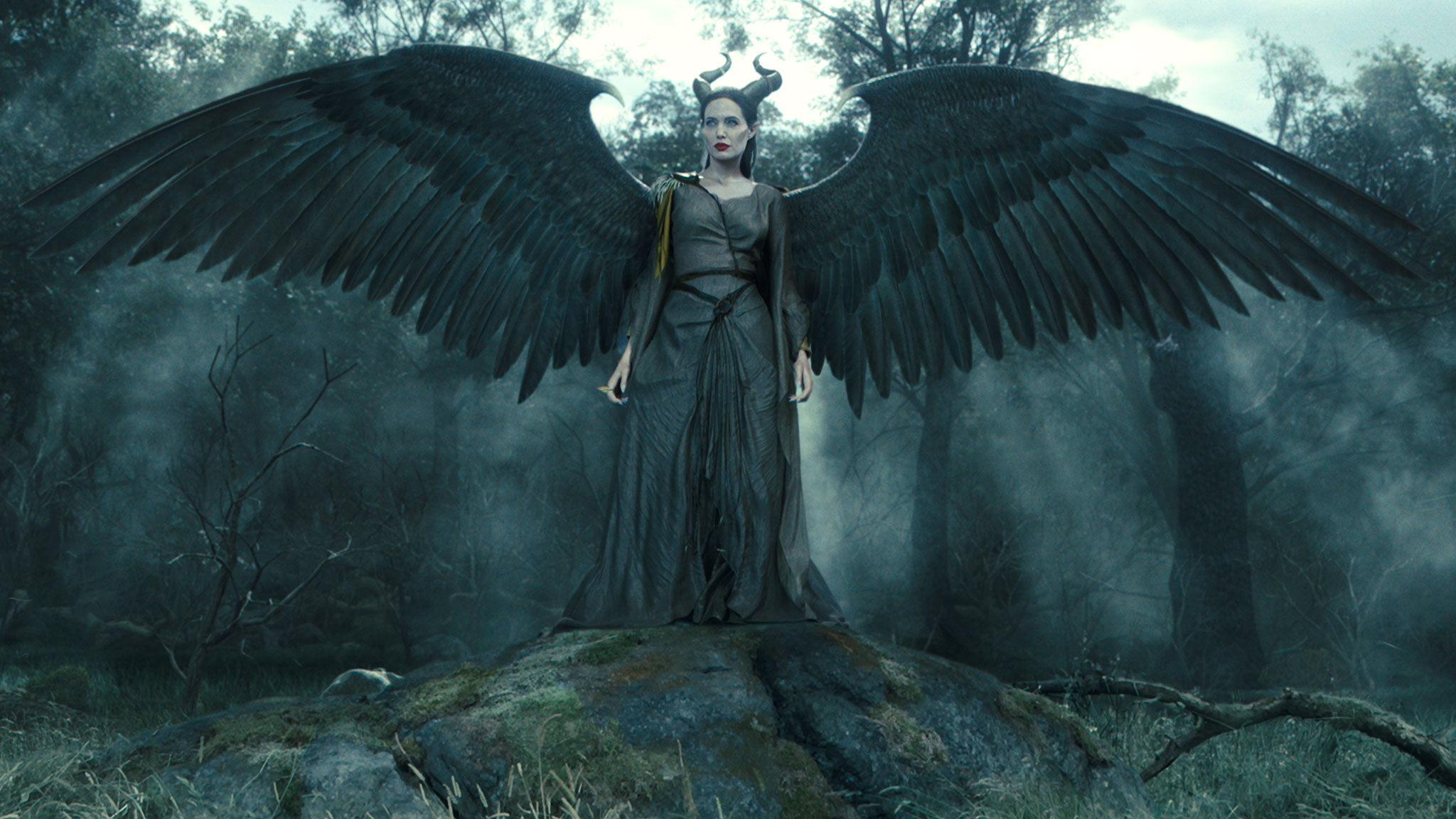 8601f540-dac3-11e3-9f86-9725a48e981b_maleficent_featurette_gs